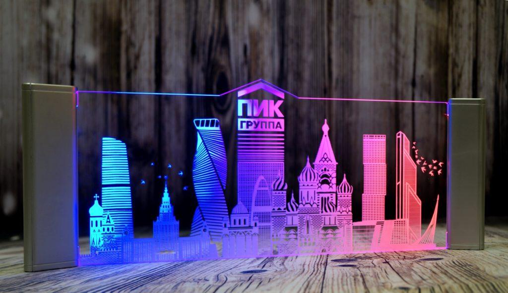 Акрилайт по цене производителя настольный бизнес-сувенир с подсветкой светящийся логотип компании корпоративный подарок Пик