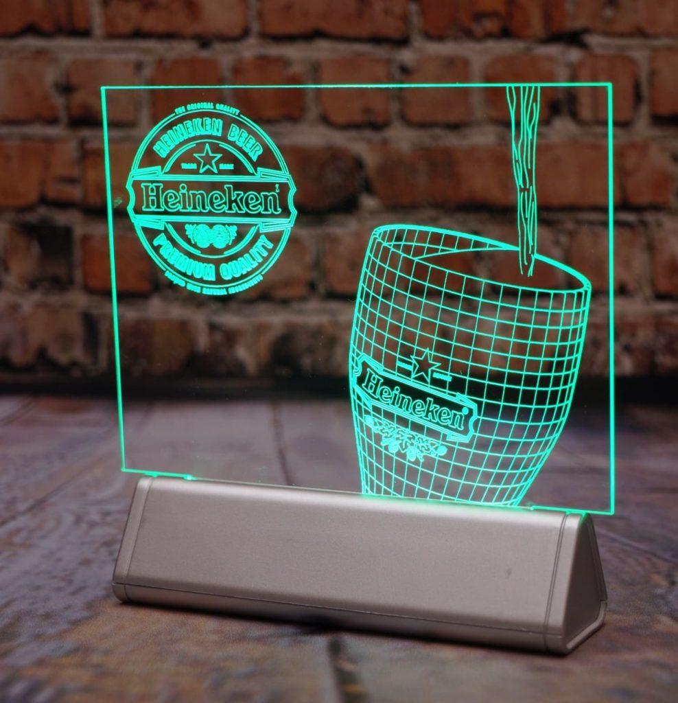 Акрилайт недорого настольный бизнес-сувенир с подсветкой светящийся логотип компании корпоративный подарок