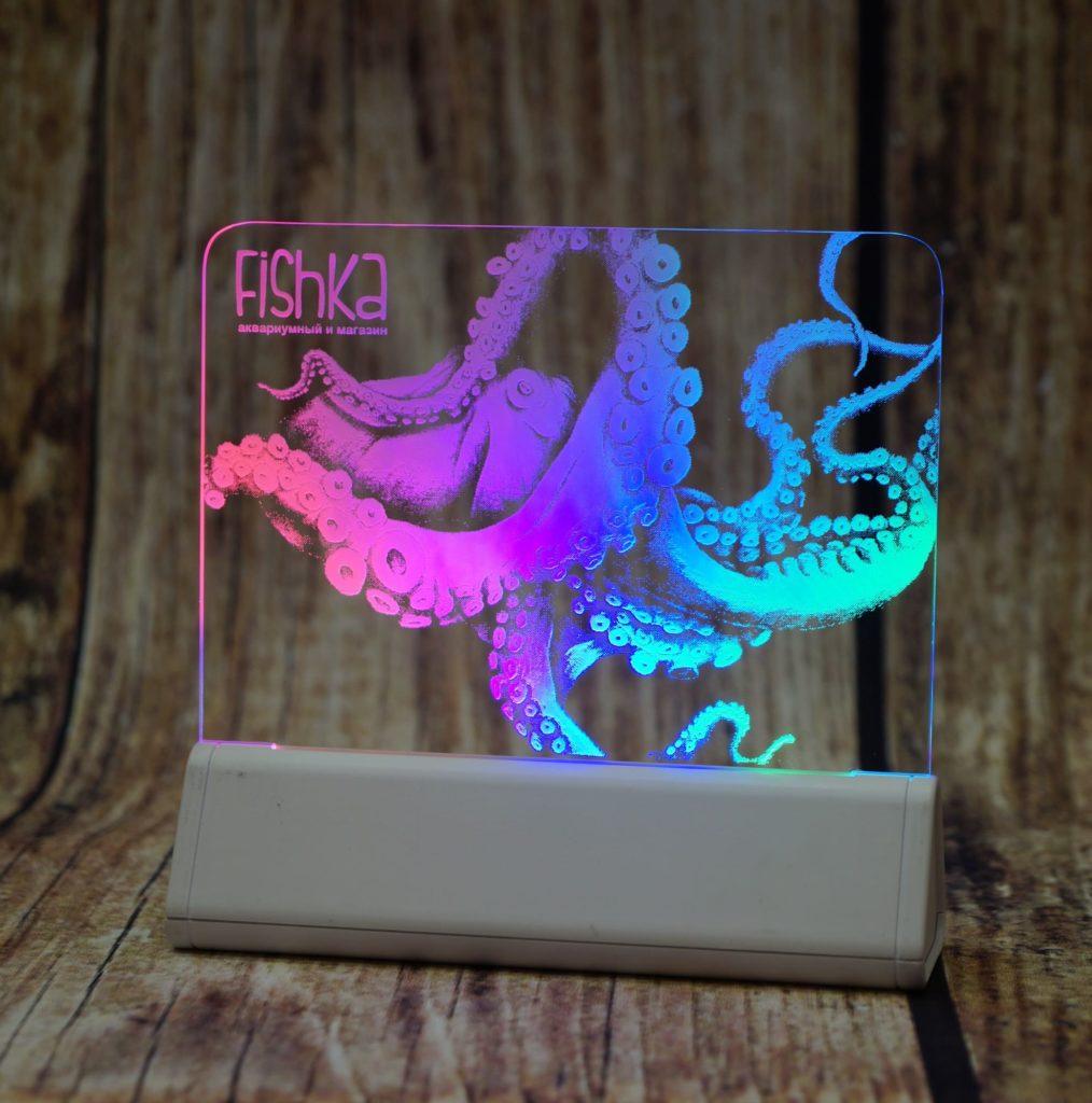 Акрилайт - новый способ сделать релкму эффективной настольный бизнес-сувенир с подсветкой светящийся логотип компании корпоративный подарок